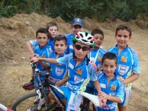 Nicola Laino e i suoi compagni del team Valnoce di Potenza