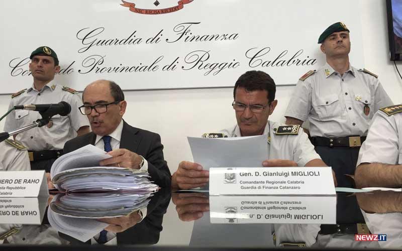 """Operazione Easy Brand  arrestato """"Giulio"""" il senegalese 29c39c69873"""