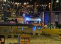 """Pauroso incidente stradale nella notte: auto """"atterra"""" in piazza Mino Reitano (FOTO) 5"""