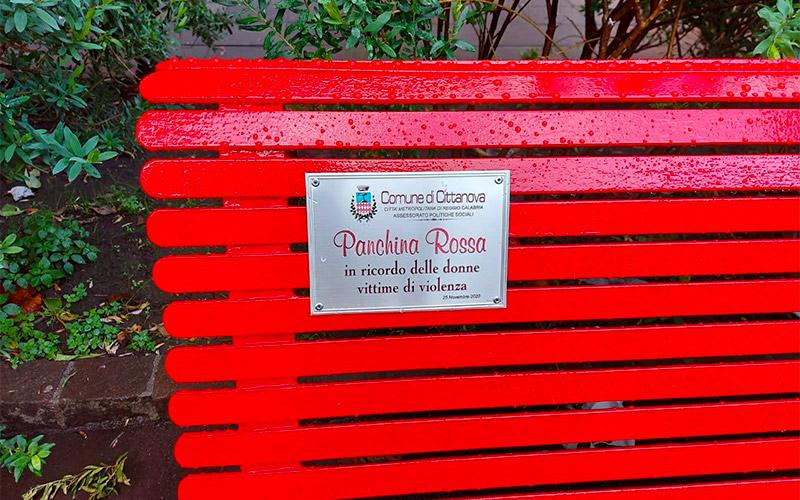 La panchina rossa di Cittanova